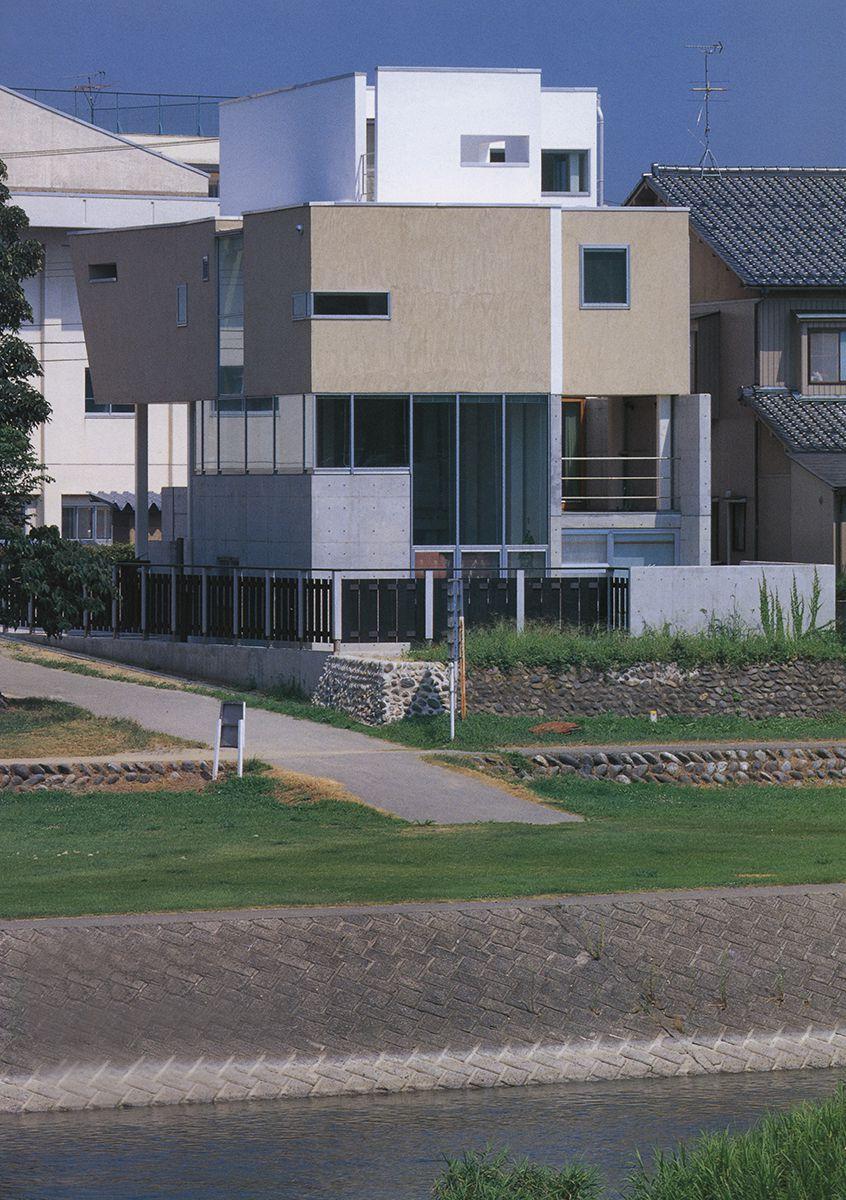 敷地面積12坪の狭小住宅
